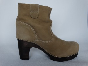Sanita Wood Viva Medium Flex Boot Waxed Nubuck Taupe
